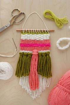 Easy Weaving Tutorial by Rachel Denbow for A Beautiful Mess #weaving #tutorial #easy