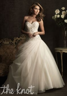Love the gown!