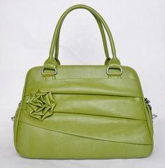 Jo Totes Camera Bag  Love this color!! So vintage.