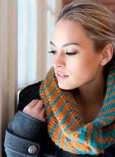Bright knitted cowl