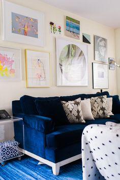 Navy blue velvet sof