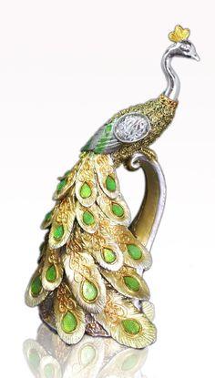 Golden Luxury Green Bejeweled Peacock Figurine base is Resin, measures 27x10 cm, photo 1/5