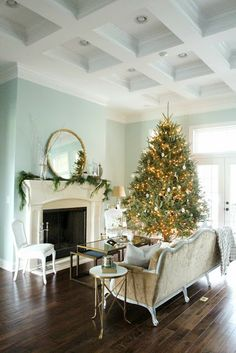 Tree and mantle