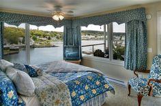 Harborage Inn on the Oceanfront in Boothbay Harbor, Maine