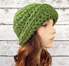 Garbo Cloche Hat in Grass Green