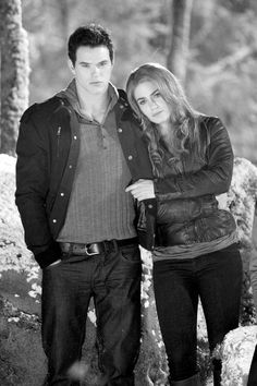 Emmett And Rosalie Hookup In Real Life