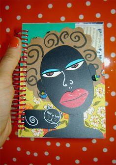 Recicle papelão e faça sua capa de caderno decorada.