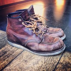 This is what happens when you wear your Red Wing 8138 Moc Briar Oil's everyday and wash them once in a while in the sea #redwing #redwings #redwingshoes #boots #amsterdam #shoes #sea #salt #leather