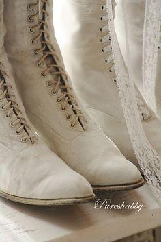 shoe fetish, stuff, romances, antiqu white, quiet romanc