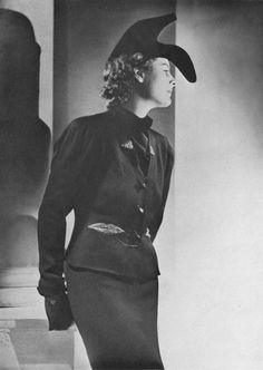 Elsa Schiaparelli's iconic shoe hat