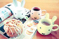 cuuuuute! bunny mugs!
