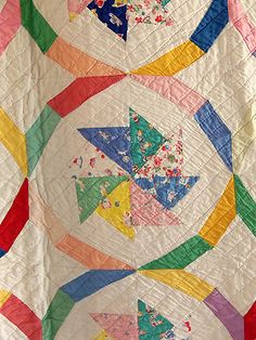 Vintage Handmade 1930s Wheel of Fortune Quilt