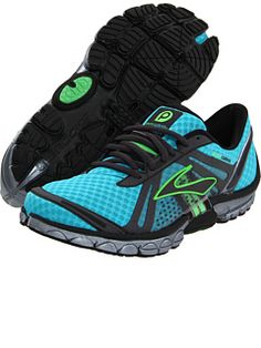 MY NEW BROOKS RUNNING SHOES!!!