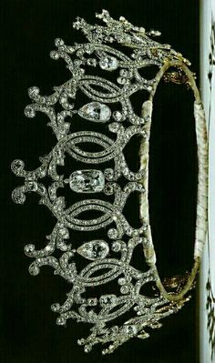 Portland tiara, by Cartier in 1902 using diamonds supplied by the Duke of Portland