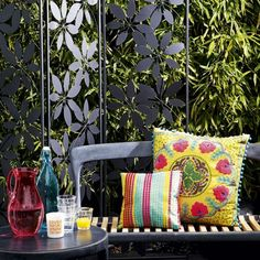 outdoor seating, privacy screens, pillow, garden ideas, bright color, decorating ideas, outdoor live, small gardens, outdoor spaces