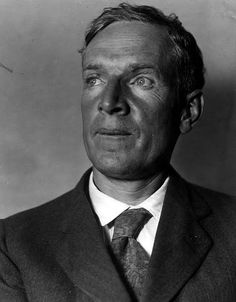 Upton Sinclair (Cry for Justice, Dragon's Teeth, The Jungle): born in Baltimore