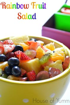 Rainbow Fruit Salad.  The perfect snack to send in your kids lunchboxes!  #poweryourlunchbox #fruit #salad