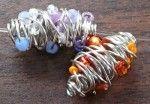 Free Wire Jewelry Tutorials - http://www.guidetobeadwork.com/wp/2013/11/free-wire-jewelry-tutorials-6/