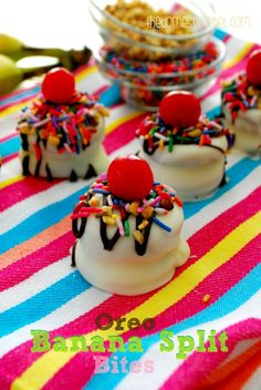 Oreo Banana Split Bites #dessert--love the idea. So many other alternatives options to this idea!
