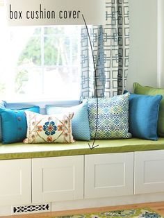 Simple sew box cushion cover.  Possible HELP for our hated banquette area?  Now, just need to learn how to sew.