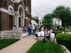 Pembroke Hill seniors help Strawberry Hill neighborhood