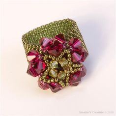 Beaded Ring with Crystals in Fuchsia and Green