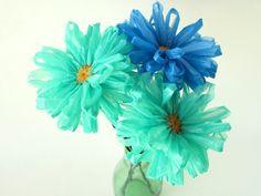 25 Ideas de Cómo reciclar bolsas de plástico en América reciclan día recycl plastic, plastic bags, bag flower, art, daisies, decorations, flowers, blog, blues