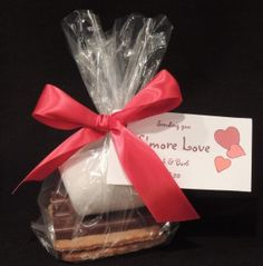 S'more Wedding Favors - with homemade graham crackers and personalized tag.