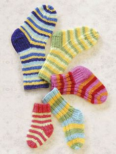 Spud and Chloe stripey socks pattern!