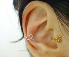Tutorial..Heart Ear And Tragus Cuff http://www.cutoutandkeep.net/projects/heart-ear-and-tragus-cuff