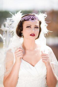 Art-deco wedding hairdo and makeup