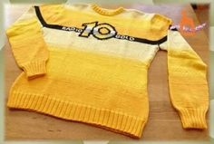 Radio 10 Gold sweater