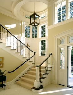 beautiful entry....staircase