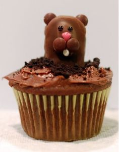 Party Frosting: groundhog day
