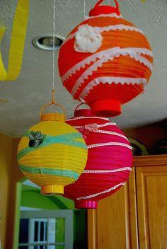 10 Pretty Paper Lanterns DIYs