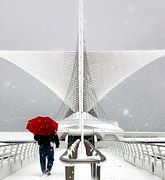 Milwaukee Art Museum in winter.