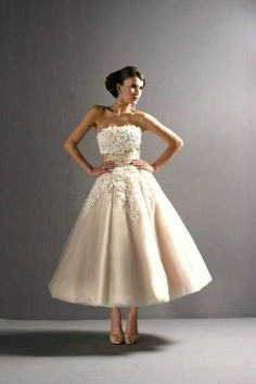 Pin Up Wedding Dress | ricardo.gr