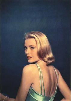 Grace Kelly by Philippe Halsman