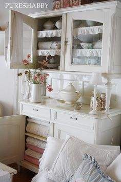China Cabinet Hutch Whitewashed remember the ruffled shelf liner?