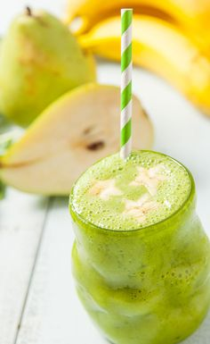 Kid Friendly Smoothie—The Big Green Pear Smoothie
