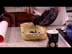 Phil Robertson Makes Blackberry Cobbler