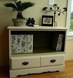 Cool re-do for a dresser. Great hallway accessory!