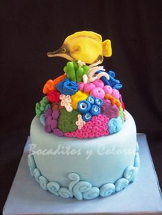 coral reef, anemones and a butterfly fish for an ocean enthusiast by Tutia fish cake, reef cake, butterflies, cakes, cake fish, anemon, sea, coral reefs, butterfli fish