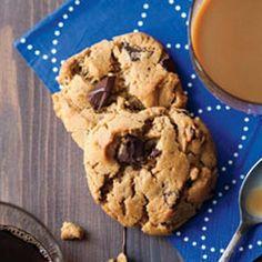 Peanut butter chocolate chunk cookies - flourless!