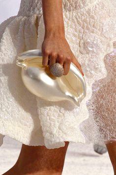 shell bag pearl, handbag, shell, purs, accessori, clutch, white christmas, sea urchins, beach weddings