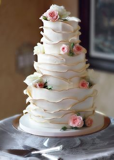 ... cake wedding, beauti cake, flower cakes, anniversary cakes, ruffle cake, wedding cakes, rose cake