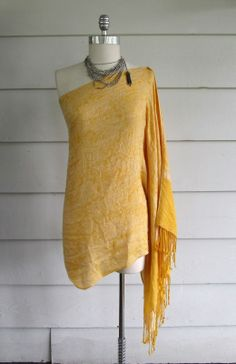 Turned on to this blog by @Renee Peterson Hollifield, thanks! Wobisobi is: Off the Shoulder Scarf Shirt / Dress. DIY - This lady is AWESOME!!!