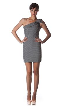 cute houndstooth dress.  great for those damn fall weddings if you're subjected to that kind of thing.  #stopfallweddings