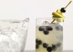 Ginger lime fizz w blueberry