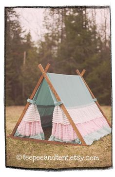Kids Ruffle Teepee Play Tent